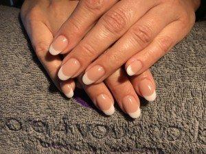 Acryl nagels French